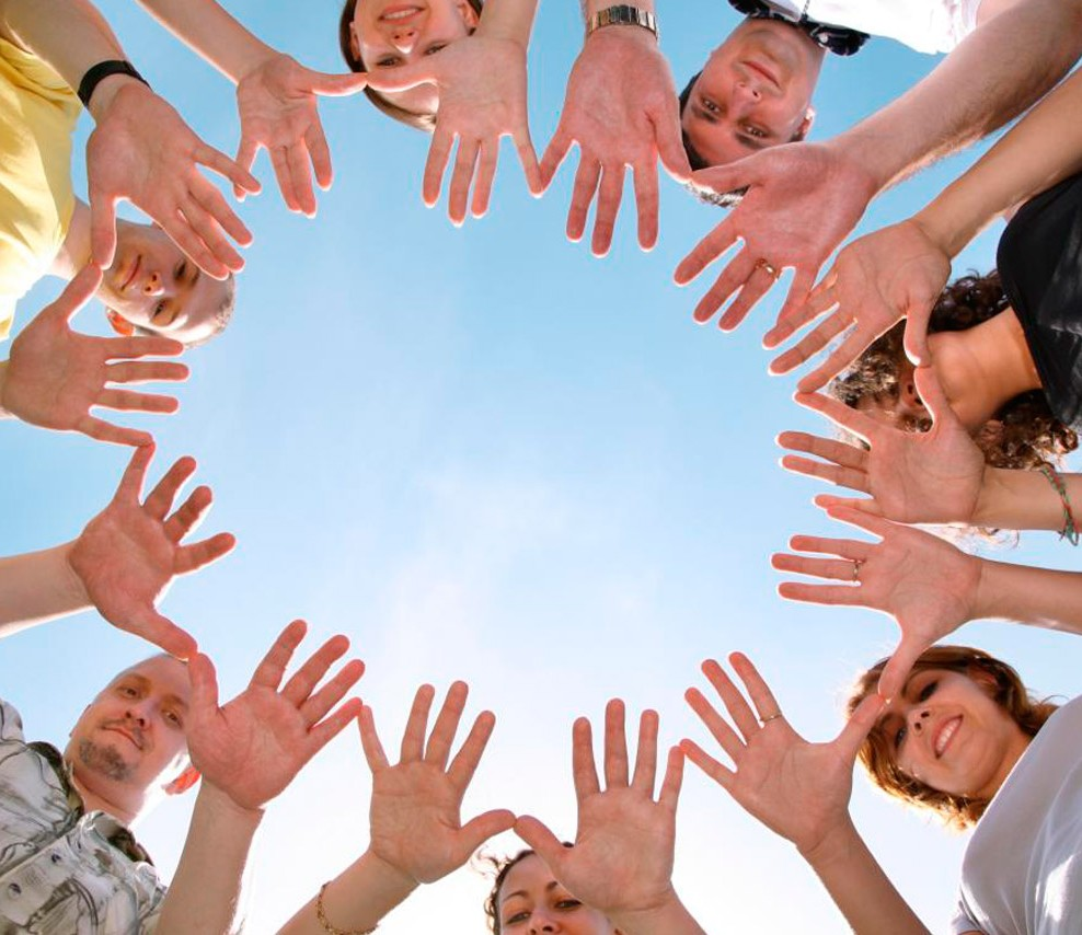 essays on helping in community Community trust is an established and highly honored relationship between an agency and the citizens it has been entrusted to serve it is the key to effective.